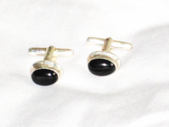 ST643 Onyx Cufflinks in Sterling Silver