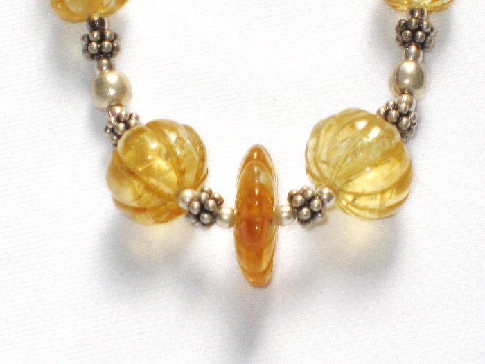 ST034 Amber Necklace in Sterling Silver