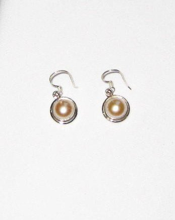 ER023 Pearl Earrings in Sterling Silver