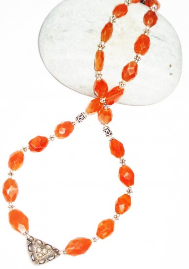 ST439 Carnelian Necklace in Sterling Silver