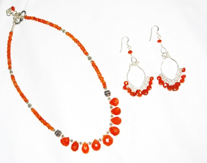 ST594 Carnelian Necklace and Earrings in Sterling Silver