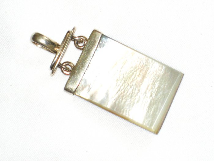 ST626 Mother of Pearl Reversible Pendant in Sterling Silver