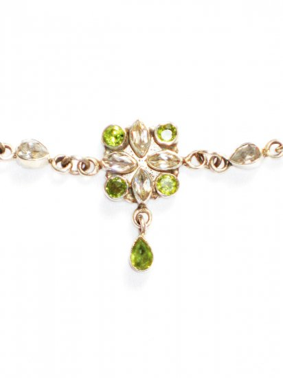 ST243 Peridot Necklace in Sterling Silver