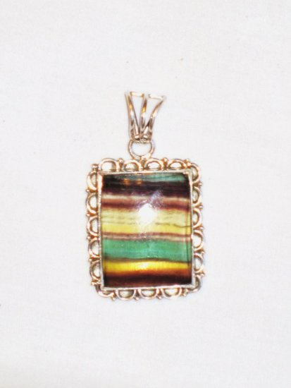 PN101 Agate Pendant in Sterling Silver