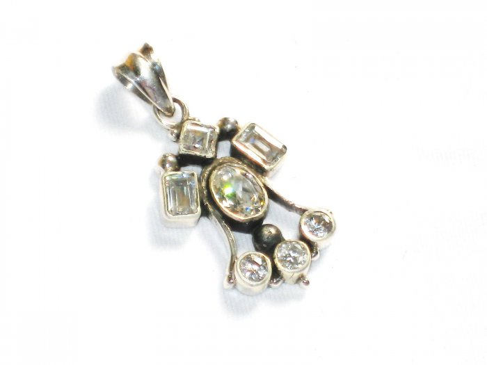 ST247      Cuboc Zirconia Pendant in Sterling Silver