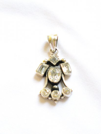 ST257      Cuboc Zirconia Pendant in Sterling Silver