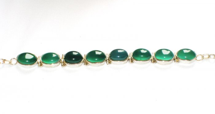 ST147   Green Onyx Bracelet in Sterling Silver