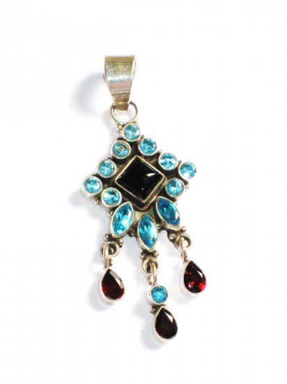 ST226       Cut Stone Mixed Stones Blue CZ, Garnet and Onyx Pendant in Sterling Silver