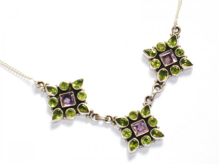 ST244       Peridot and Amethyst Cut Stone Necklace in Sterling Silver