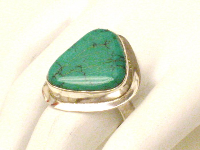 RG107       Turquoise Ring in Sterling Silver, Size 7