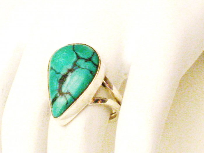 RG138       Turquoise Ring in Sterling Silver, Size 7