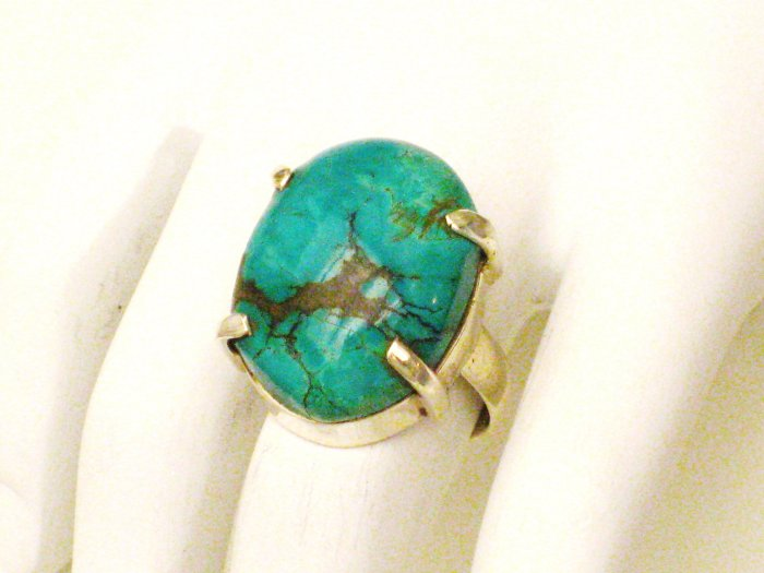 RG174       Turquoise Ring in Sterling Silver, Size 6