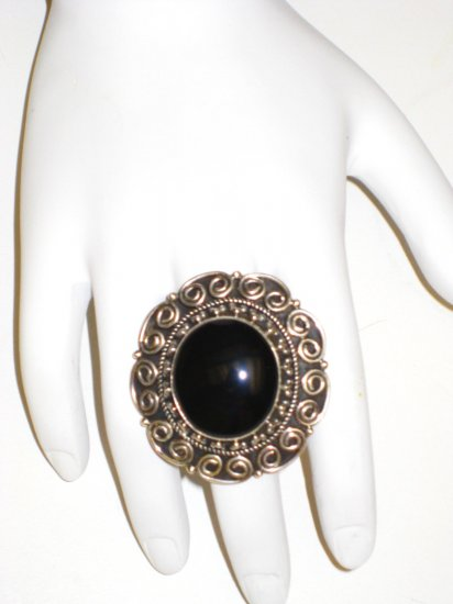 RG045       Onyx Ring in Sterling Silver, Size 6