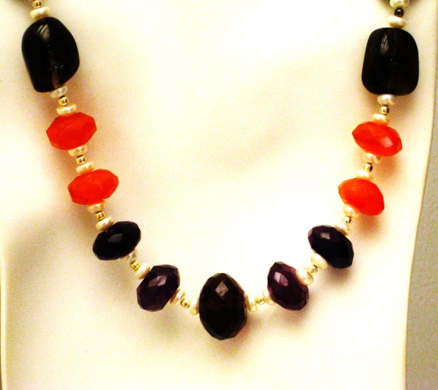 NK006       Garnet and Pearl Necklace with an Amethsyt Center. In Sterling Silver