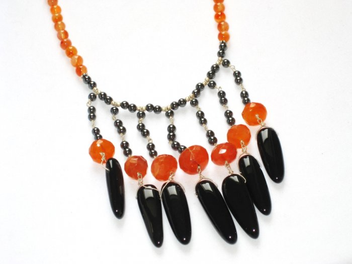 ST076       Carnelian, Onyx and Pearl Necklace in Sterling Silver