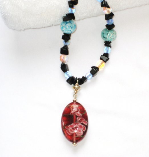 ST092       Italian Murano Glass Necklace in Sterling Silver