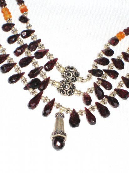 ST116       Carnelian and Garnet Necklace in Sterling Silver