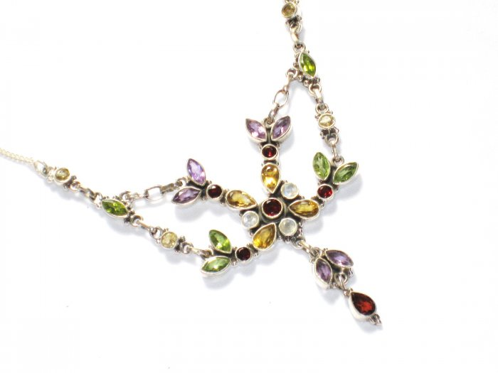 ST234       Cut Stone Mixed Stones Necklace in Sterling Silver