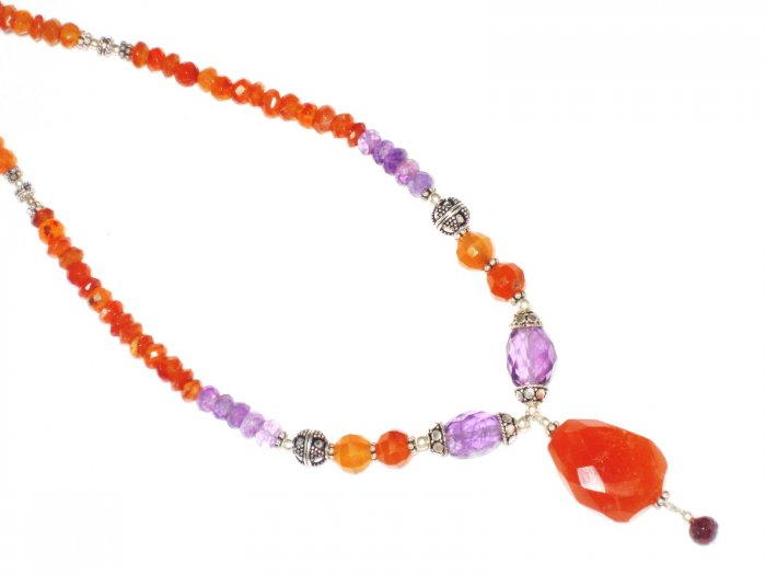 ST443       Carnelian and Amethyst  Necklace in Sterling Silver