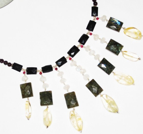 ST453       Mixed Stones  Necklace in Sterling Silver