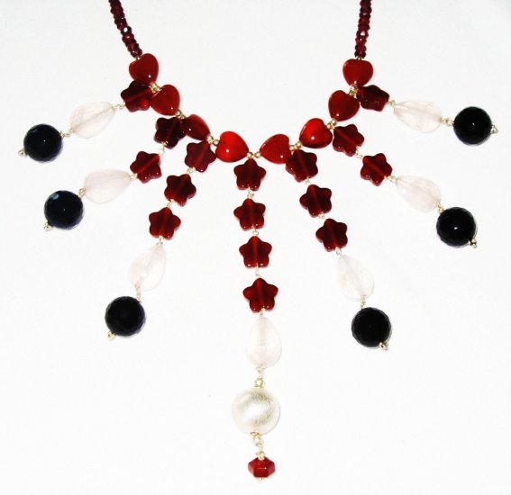 ST498       Onyx, Garnet and Rose Quartz  Necklace in Sterling Silver