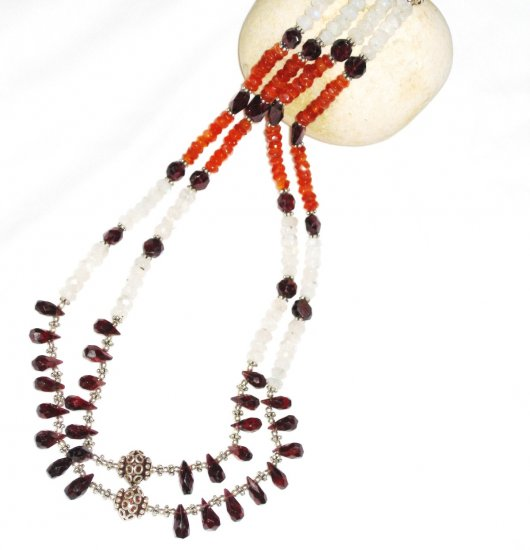 ST537       Moonstone, Garnet and Carnelian  Necklace in Sterling Silver