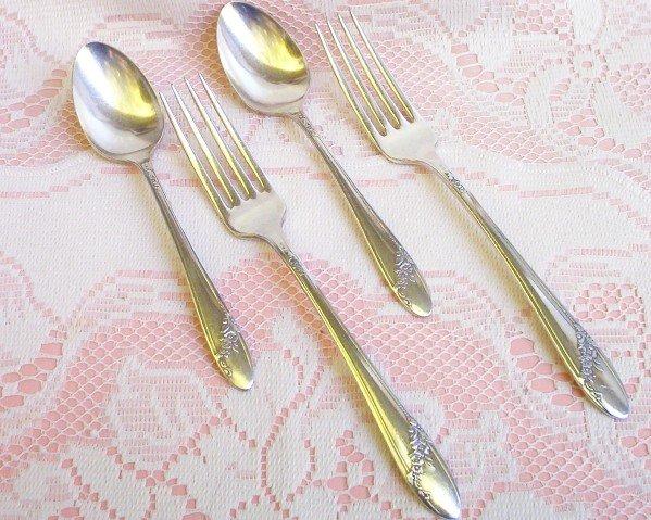 Oneida Tudor Silverplate �Community� Forks & Spoons  FREE SHIPPING!