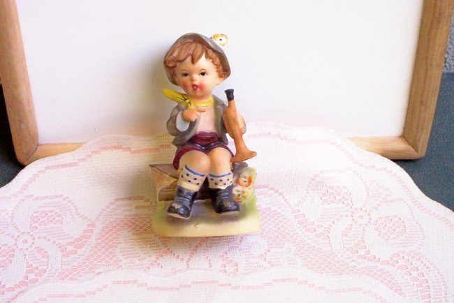 Hummel-Like Ceramic Boy with Flute  FREE SHIPPING!