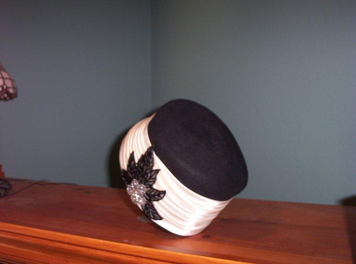 SOLD! Michael Howard 100% Wool Ladies Hat By Mr Charles