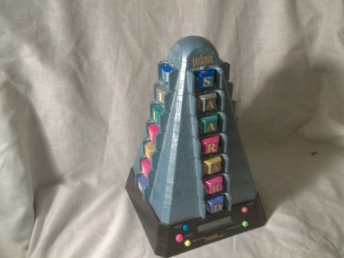 PYRAMIX The Ultimate Word Puzzle Game from TIGER Electronics 1998