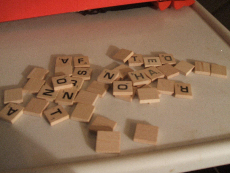 Scrabble Wood Tile 2013 Letter R