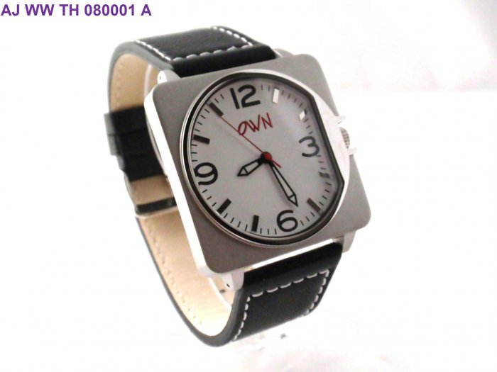 STAINLESS STEEL WATCH WITH GENUINE LEATHER STRAP AND PRINTED DIAL
