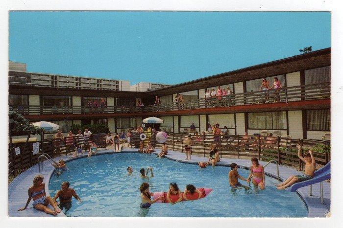 Eden Roc Motel, Wildwood, N.J. Postcard 1960s Doo Wop  0369