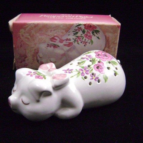 1978 Avon Pampered Piglet Ceramic Pomander