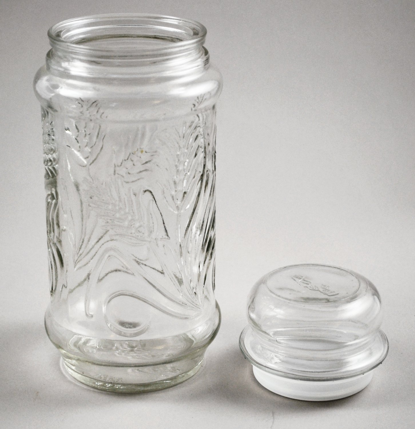 Anchor Hocking 1982 Mr. Peanut Planters Clear Glass Food Snack Canister Jar