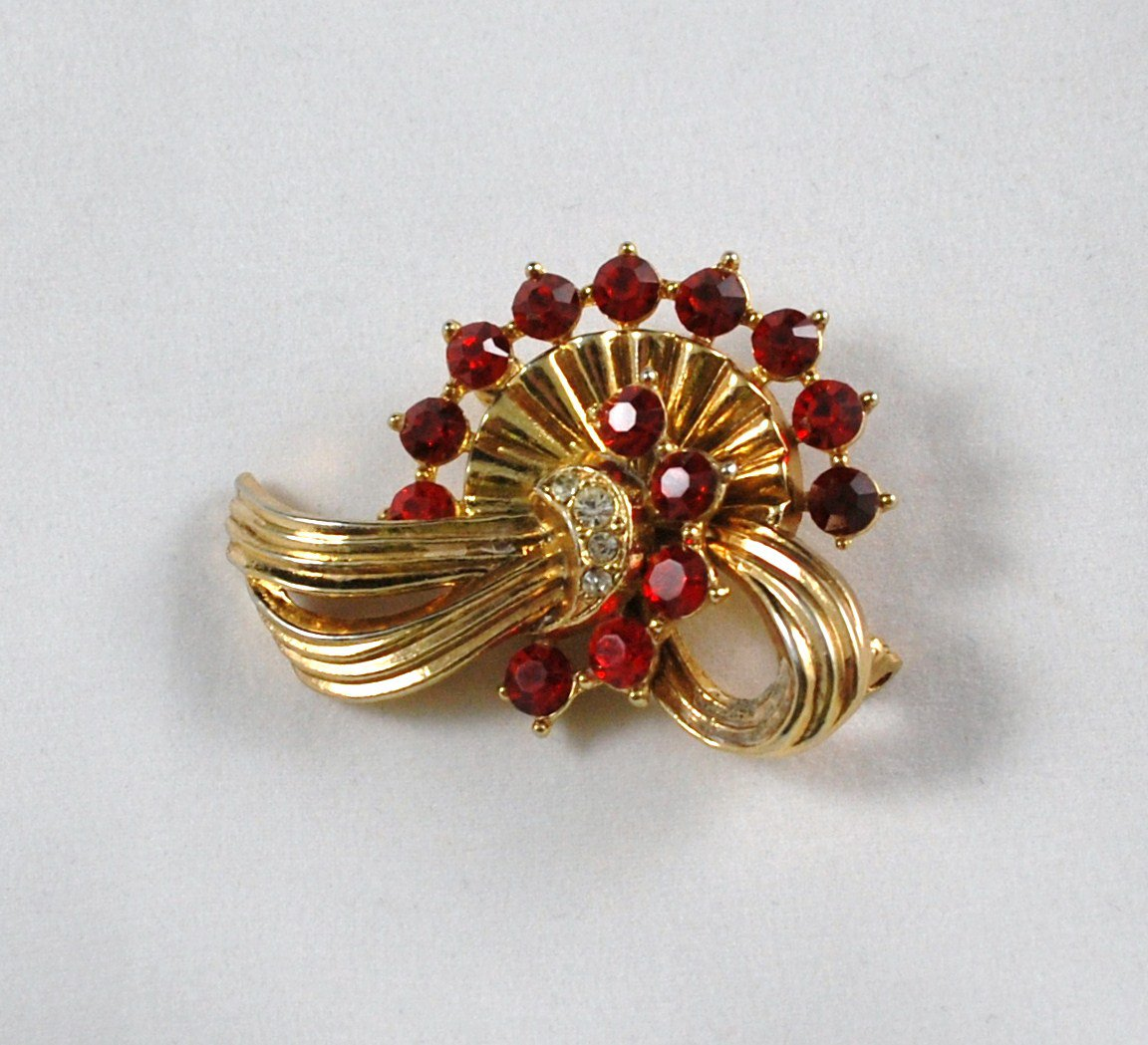 Vintage Brooch Pin Pendant Goldtone  Ribbon Bow Design Red Rhinestones