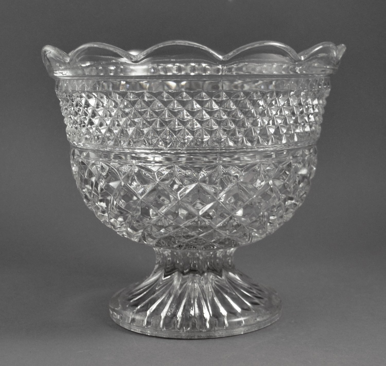 Vintage Anchor Hocking Wexford Clear Glass Centerpiece Bowl