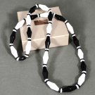 1989 Avon Classic Lines Necklace Black and White Beads