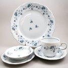 Traditions Blue Garland Johann Haviland 5 Piece Place Setting Dinnerware