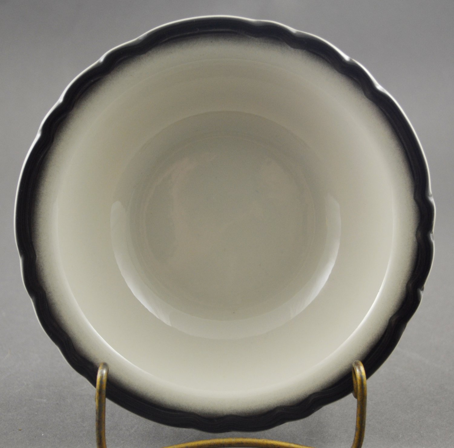 Sterling Vitrified China Restaurant Ware Fruit Bowl with Gray Trim