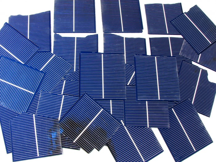 """45+3""""x3"""" Broken chipped solar cells most 1.45 amps to 180 amps each"""