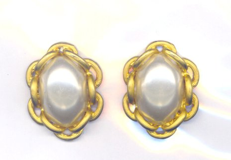 Vintage Vendome Gold Tone & Faux Pearl Earrings