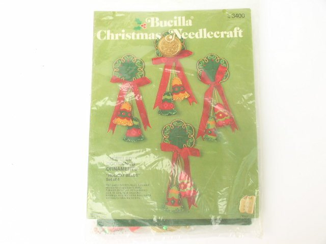 Bucilla Christmas Door Knob Ornaments Needlecraft Set