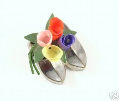 Vintage Dutch Tulips & Silver Clogs / Shoes Brooch
