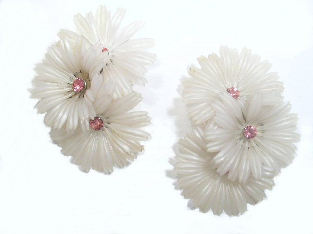 Vintage Plastic Flower & Pink Rhinestone Earrings