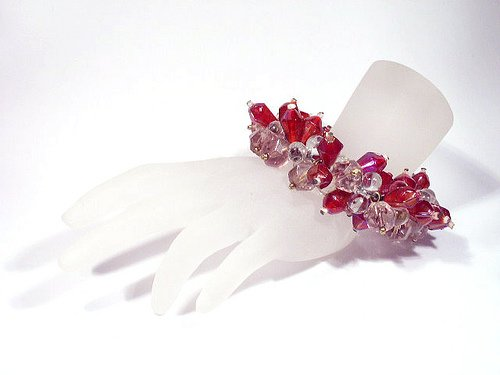 Vintage Red & Clear Glass Bead Cha Cha Bracelet