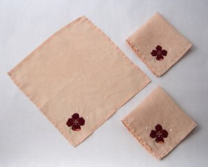 Vintage Linen Tea Napkins With Appliqued Pansy - Set of 4 - Authentic MidCentury Style