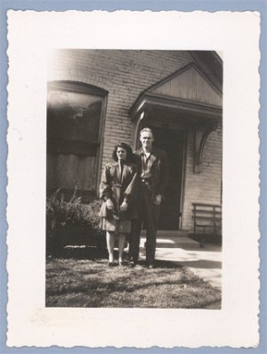 Vintage Photo COUPLE POSE BY HOUSE 1940s