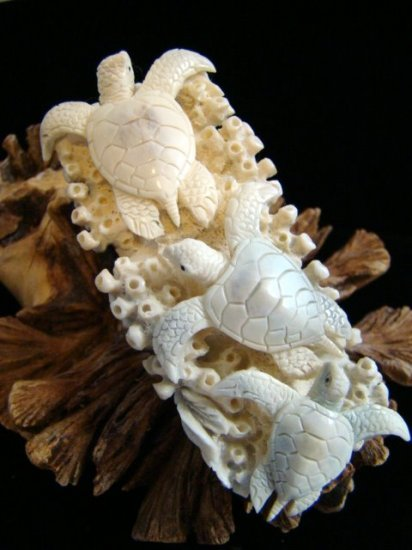 3 HAWAII SEA TURTLE HAND CARVED ANTLER TOTEM / CARVING / PENDANT  FREE GIFTS!