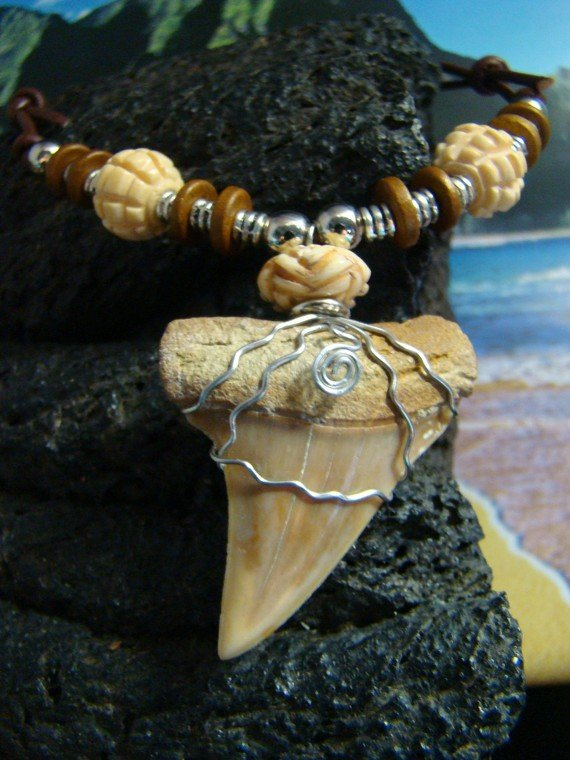1 3/4 in. Fossil Mako Shark Tooth Necklace - Carved Bone Beads - Stainless Steel Wire Wrap